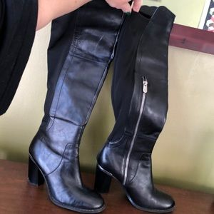 Adrienne Vittadini over the knees boots size 8